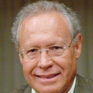 Profile picture for Dr. Manuel Carrageta