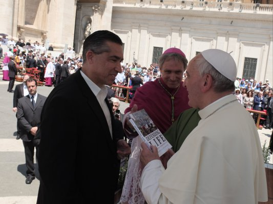 Francis Beckwith, Ph.D., professor of philosophy and church-state studies, Baylor University, meets with Pope Francis