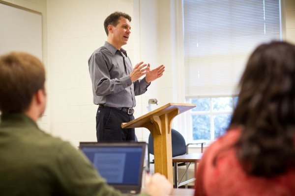 Wake Forest political science professor Tom Brister teaches class in Tribble Hall.
