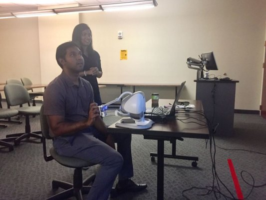 Students in VCU Engineering's VR lab.